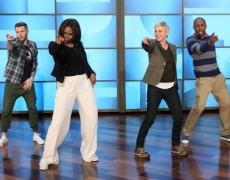 Michelle Obama and Ellen Degeneres on #GimmeFive Challenge