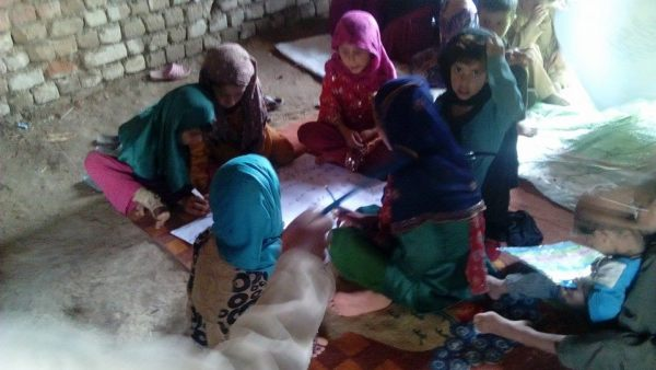 Pakistani Student Creates The Tent School System of Education Through Innovative Technologies