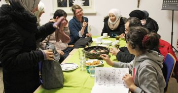 Refugees and Locals in Berlin 'Good Neighbours' Thanks to Begegnungscafé
