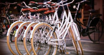 Good Samaritans Respond to Neighbor's Lost Bike Sign