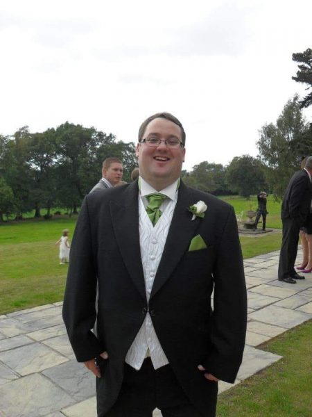 Man Loses Weight Following Promise to his Mum, and Uses the Challenge to Help People With Nowhere Else to Turn