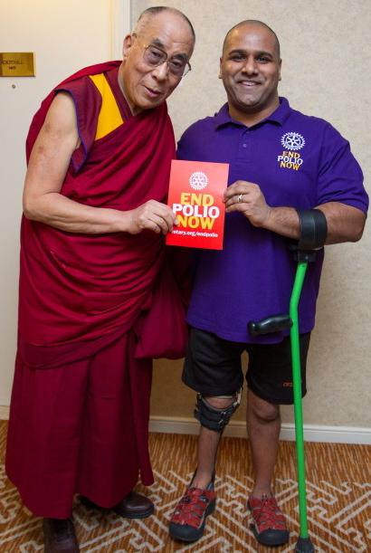 Polio selfie - Dalai Lama and Ramesh Ferris