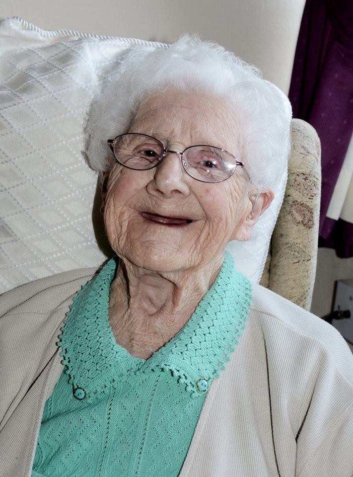 Kind Strangers Send Great Great Grandma Cards For 104th Birthday