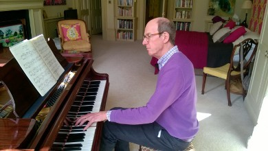 Stroke Survivor Finds a Way to Continue Playing the Piano