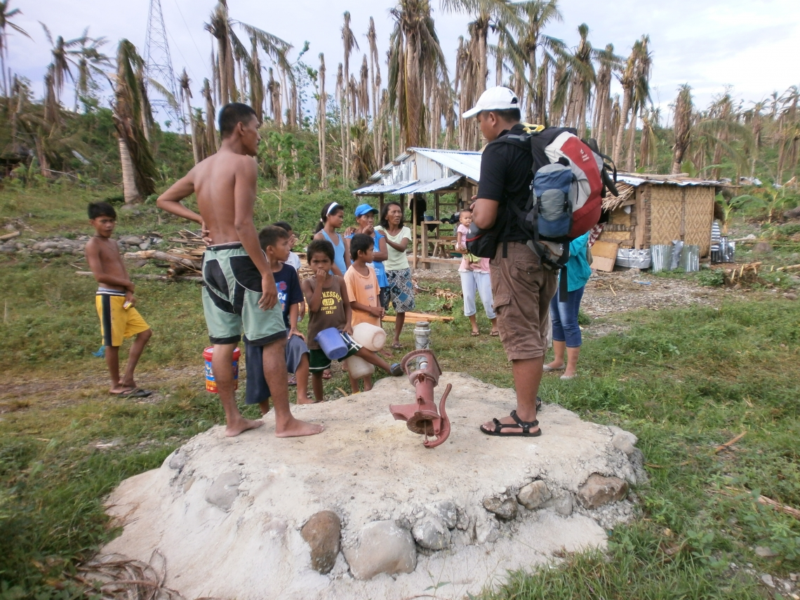 MBA students provide safe water for Typhoon-torn regions in the Philippines_resized