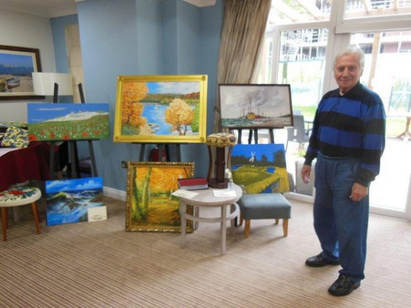 Retirement Home Help Residents Showcase their Artistic Talents