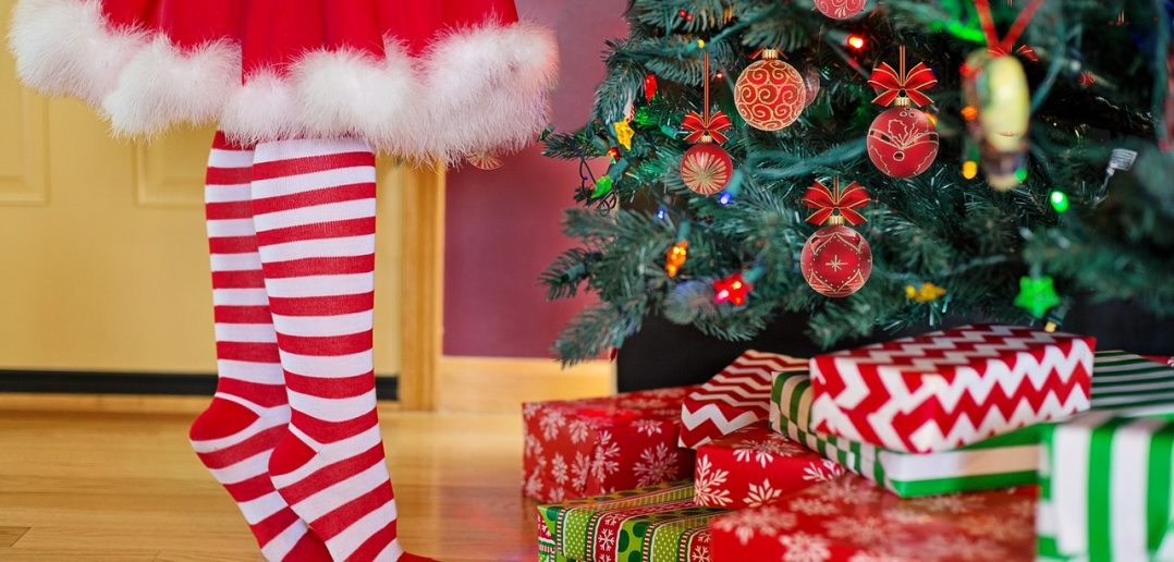 """""""Share the Season"""" Helps Recovering Mother and Inspires Holiday Giving"""