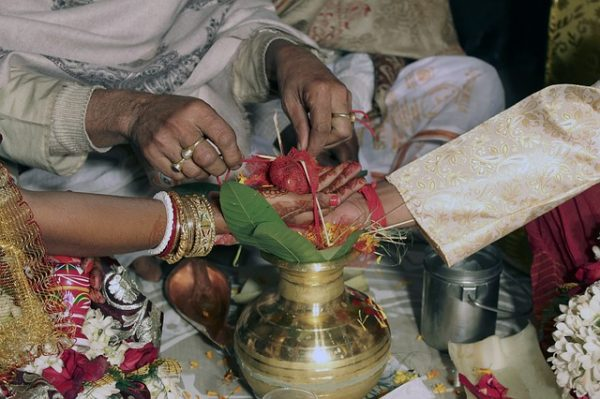 251 Fatherless Brides in India Get Married in Mass Wedding